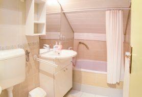 Apartmaji_Hisa_Kocka-(foto033030313-Edit)